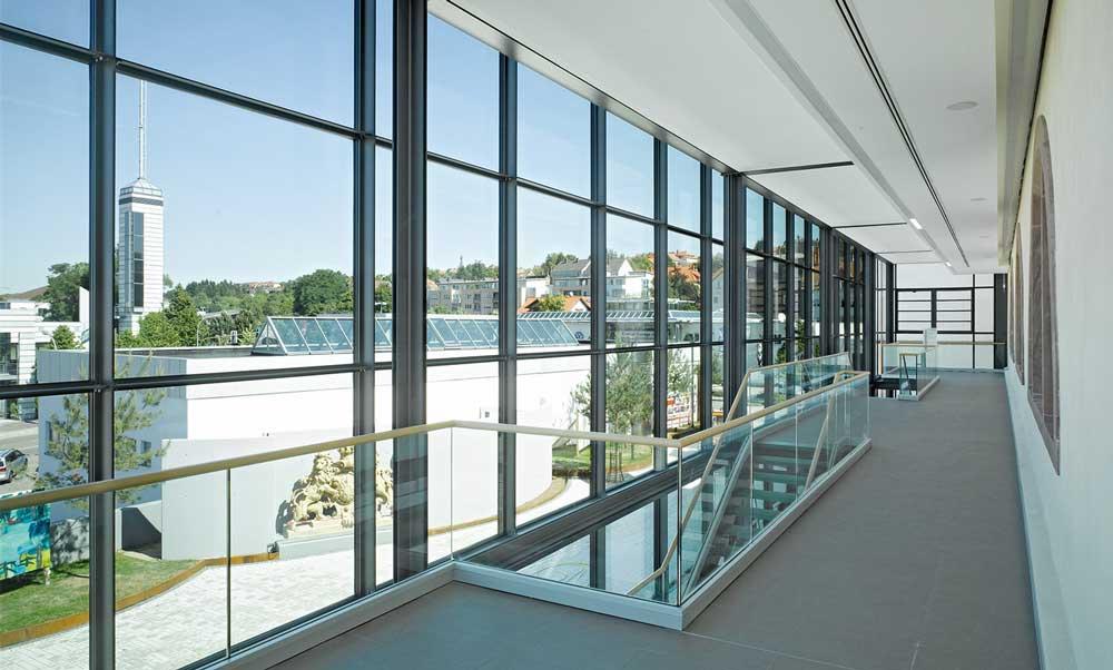 قیمت شیشه ساختمانی
