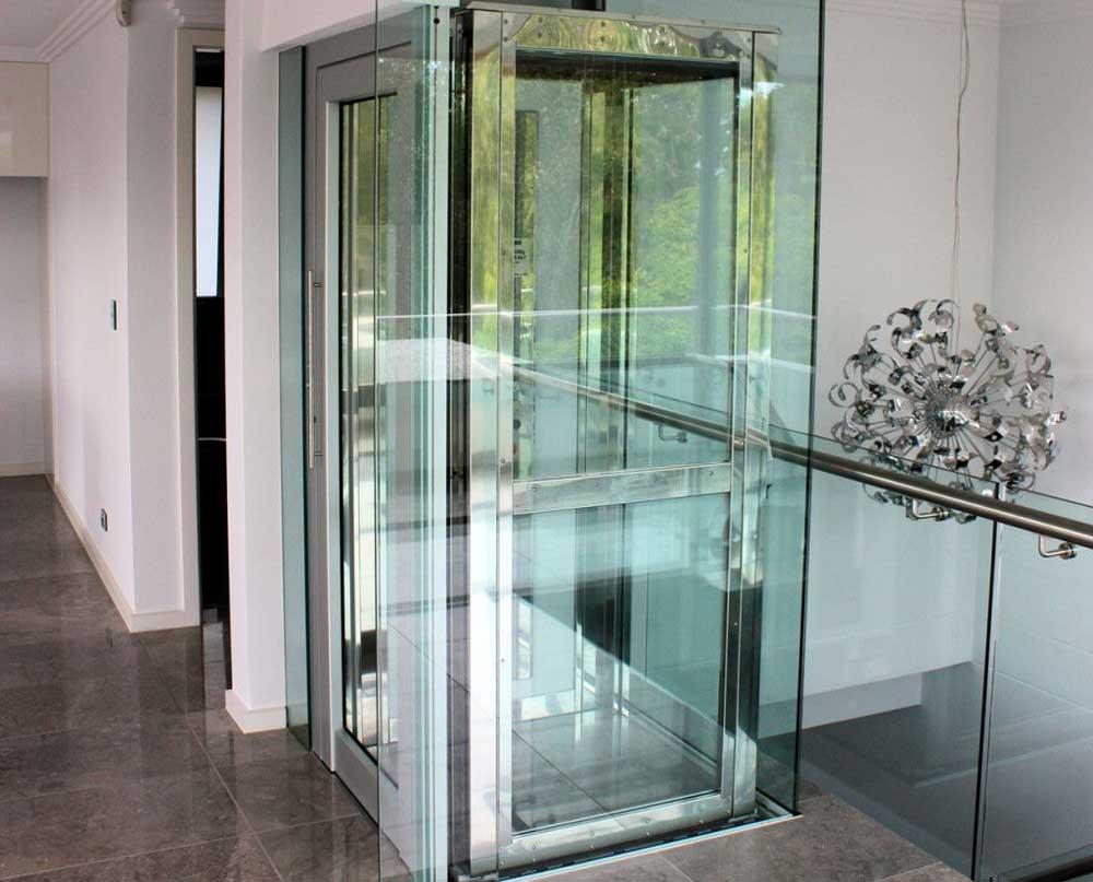 نصب آسانسور شیشه ای